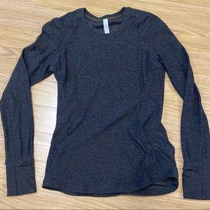 Lululemon extra Mile Long Sleeve top size 6